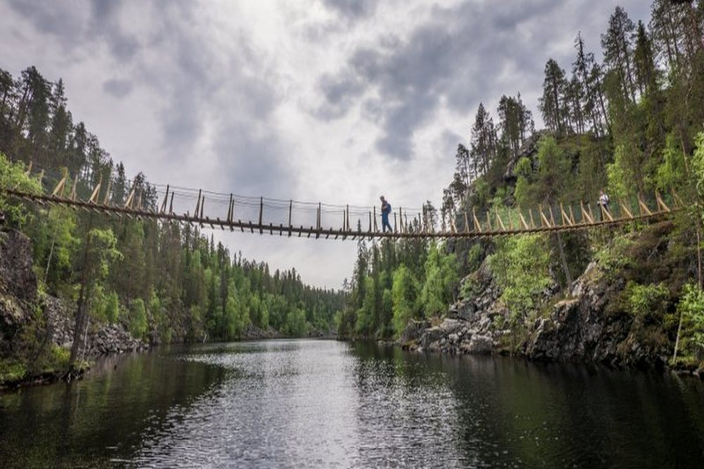 Hossa National Park, Canyon Lake Suspension Bridge_credits Travel Dudes